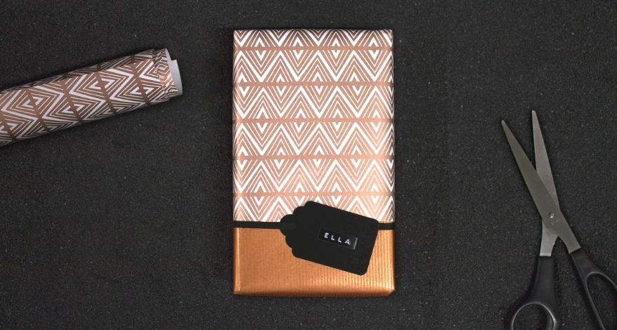 geschenke kreativ verpacken leicht gemacht mit anleitung ortloff b robedarf k ln. Black Bedroom Furniture Sets. Home Design Ideas